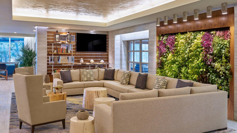 455 - Westin Lobby