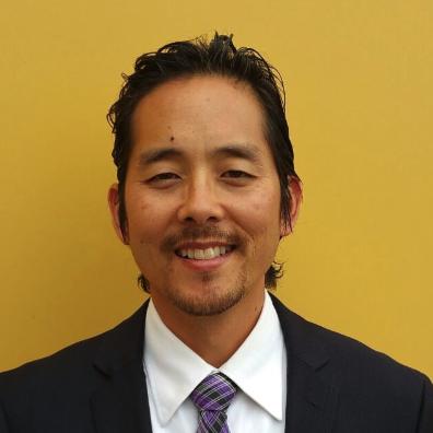 Cliff Hong Headshot principa;