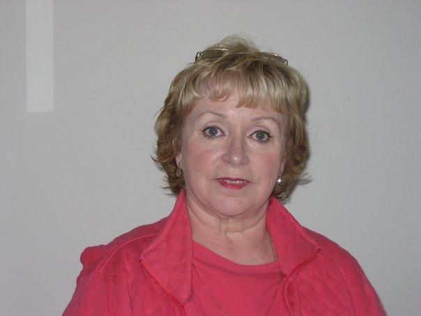 Peggy Machon.jpg