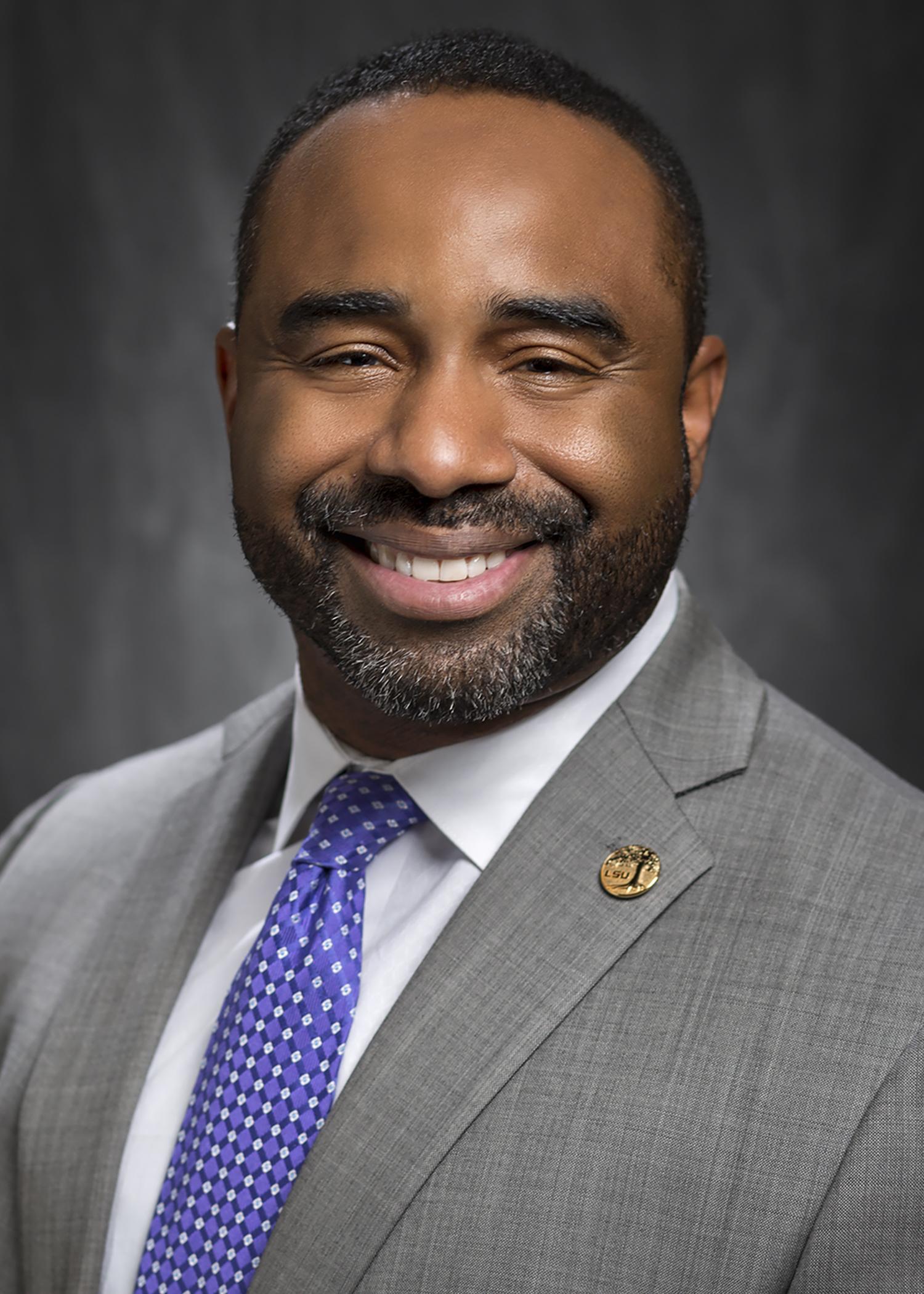 Photo of Dr. Roland Mitchell