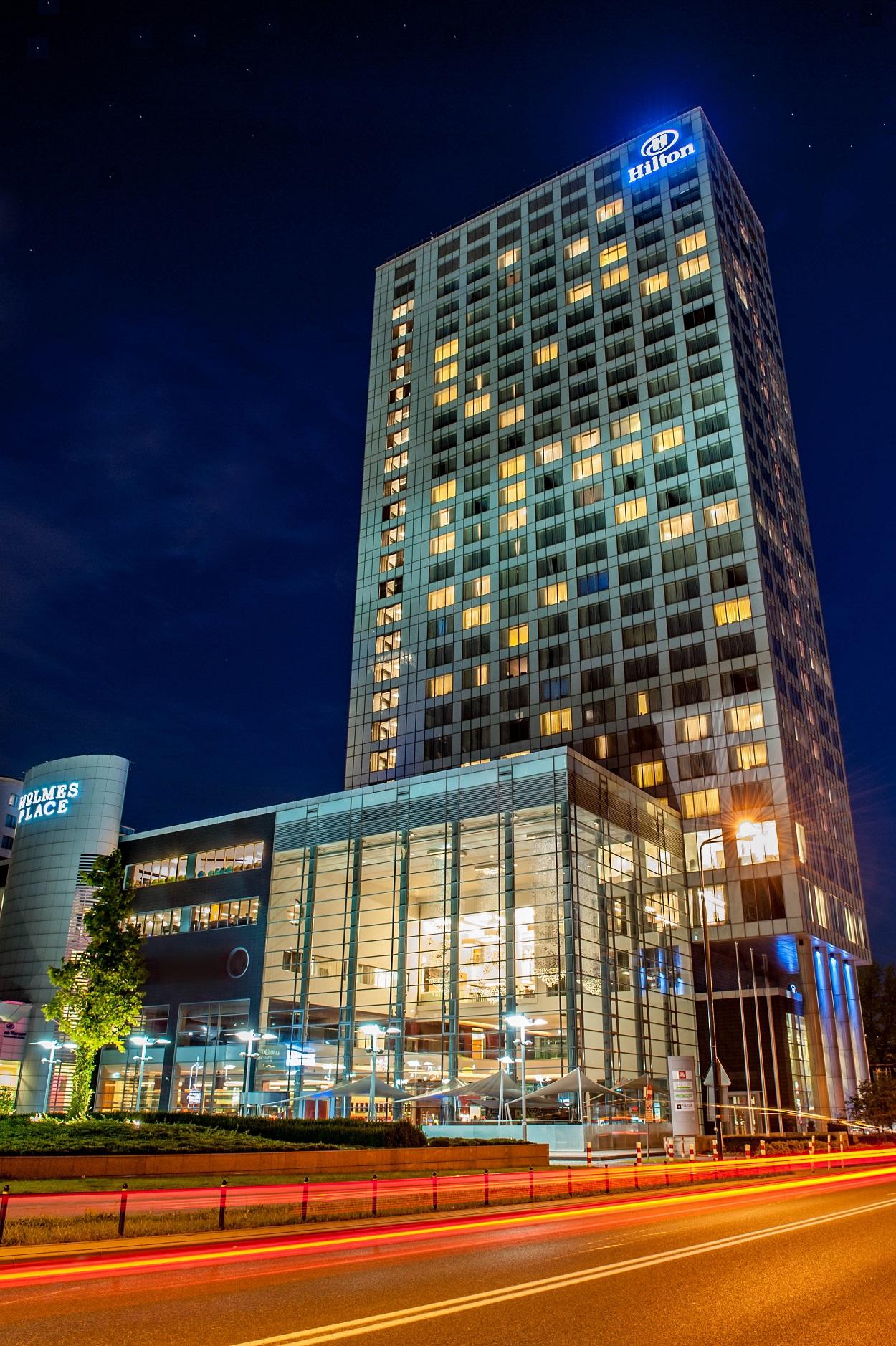 Exterior Hilton Warsaw_medium