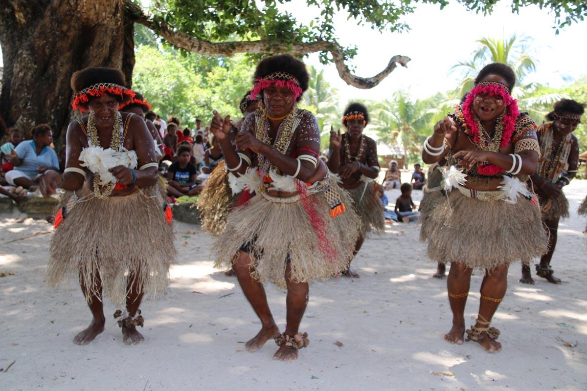 0286-ladies-dancing-in-village