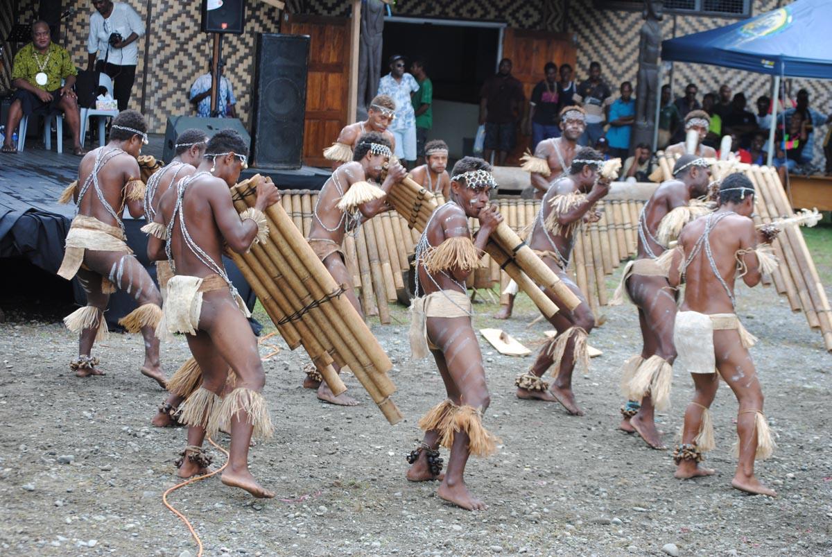 0349-woodwind-dancers