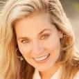 Laura Plumb headshot