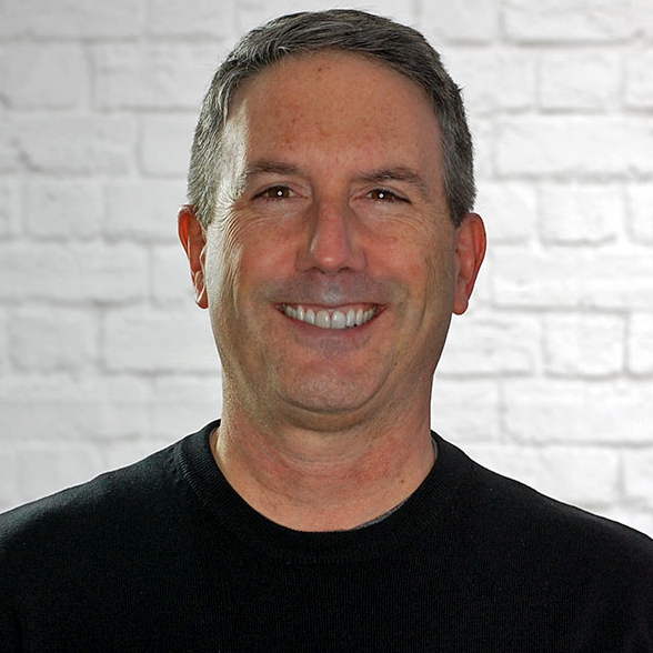 Glenn Pasch Headshot.png