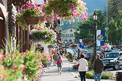 downtown leavenworth 250x167
