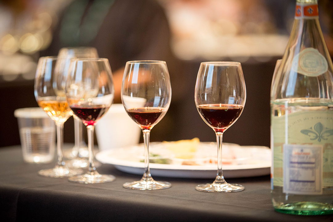 wine with tasting and water