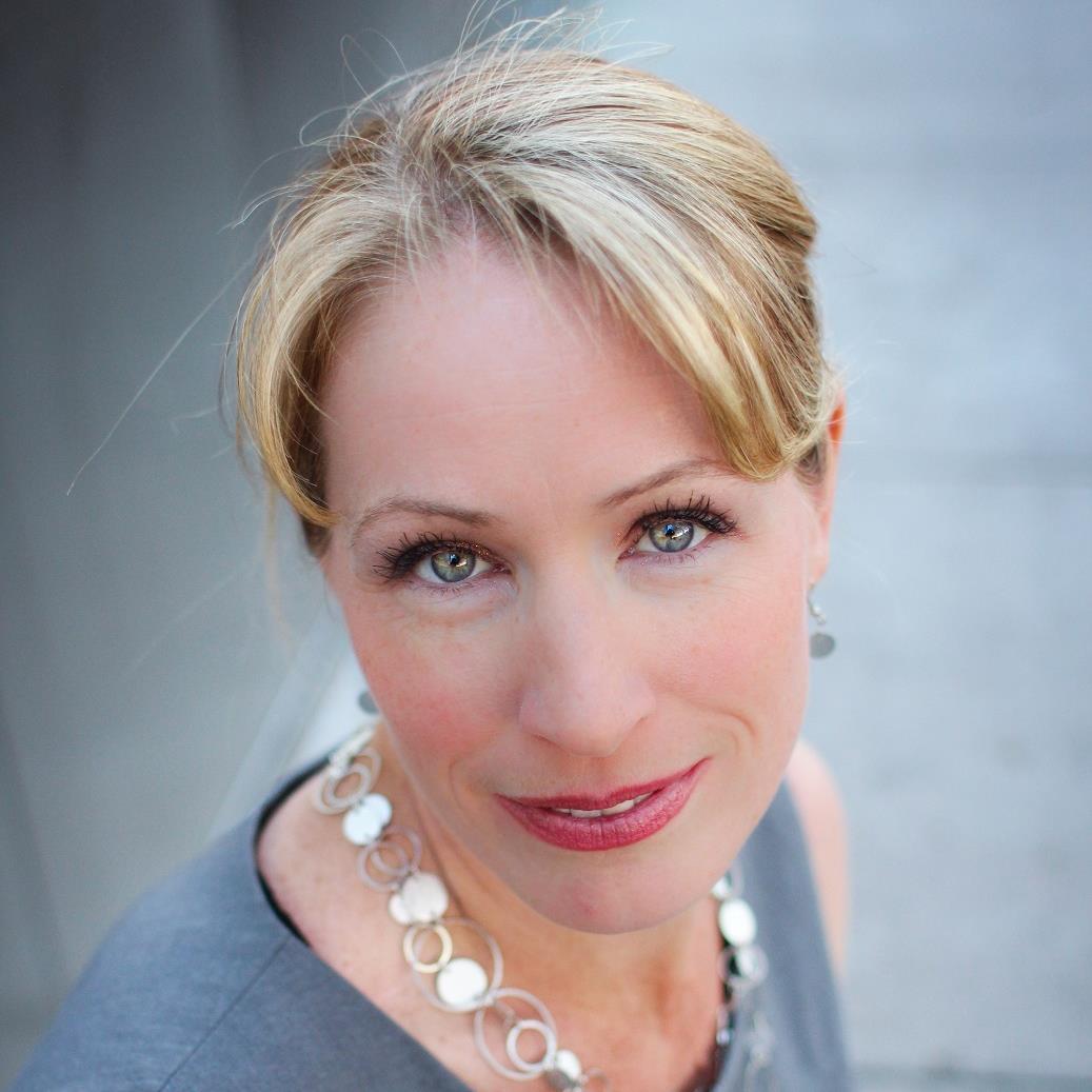 Melissa Sutton Headshot.jpg
