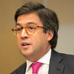 Luis-Alberto-Moreno.jpg