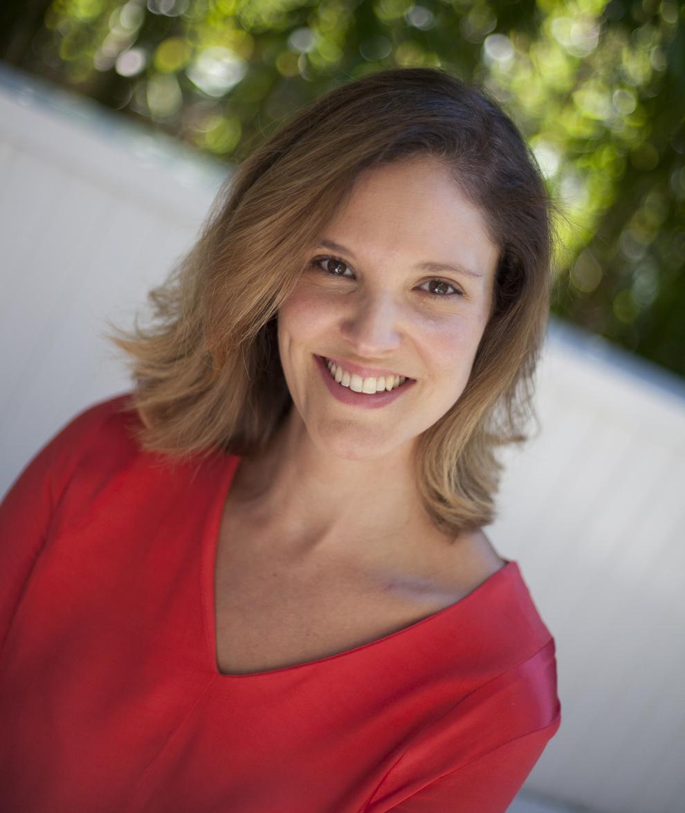 Natalie Goldman Headshot (2) copy