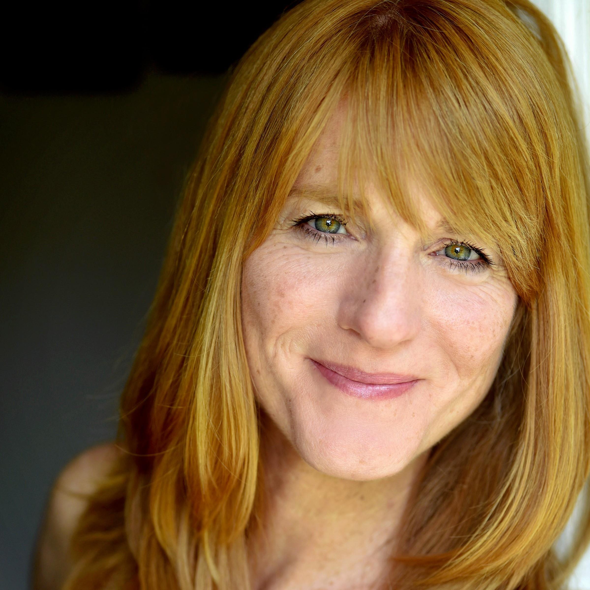 Julie Campbell.jpg
