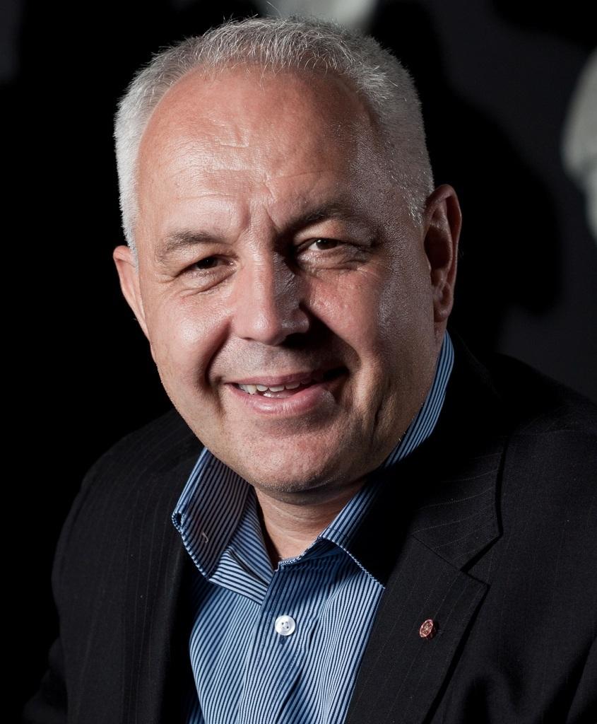 Alec Coles CEO WA Museum Headshot 2.jpg
