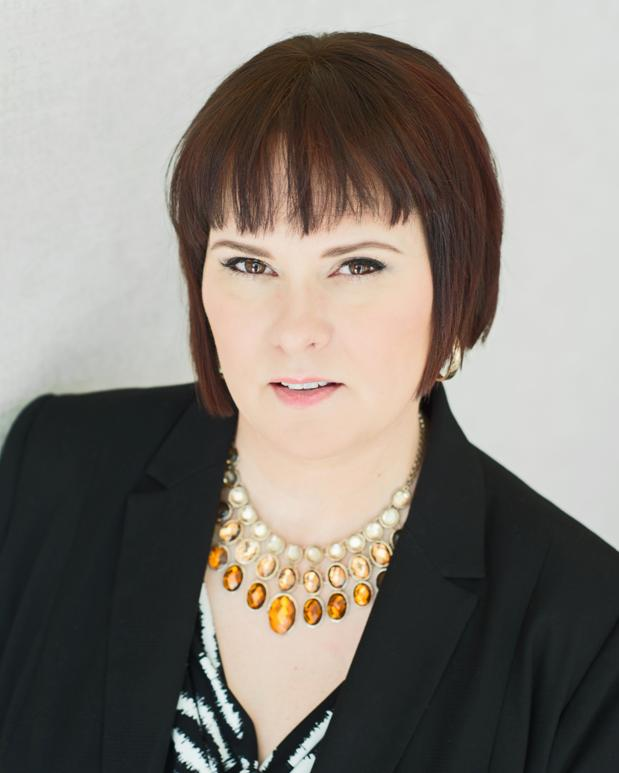 Anna Echols
