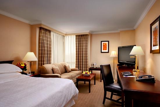 sheraton guestroom