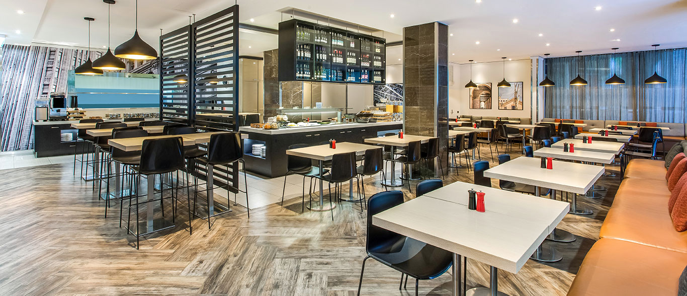 travelodge-hotel-wynyard-sydney-restaurant-01-2016