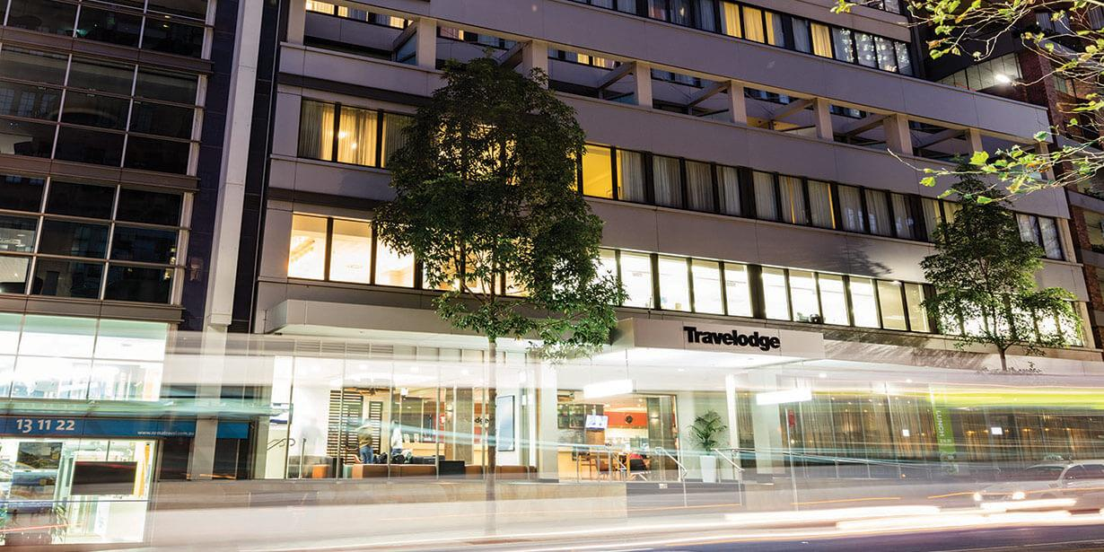 travelodge-wynyard-sydney-hotel-exterior-2-2015