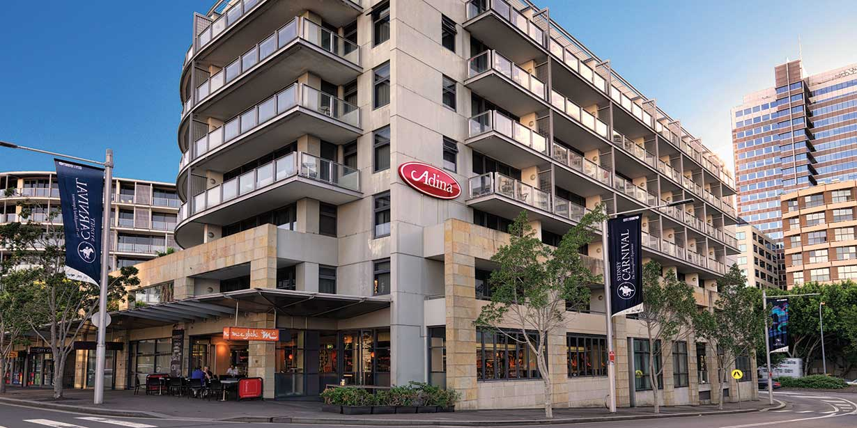 adina-apartment-hotel-sydney-darling-harbour-exterior-1-2013