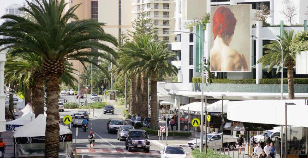 Broadbeach street view of shops and restaurants