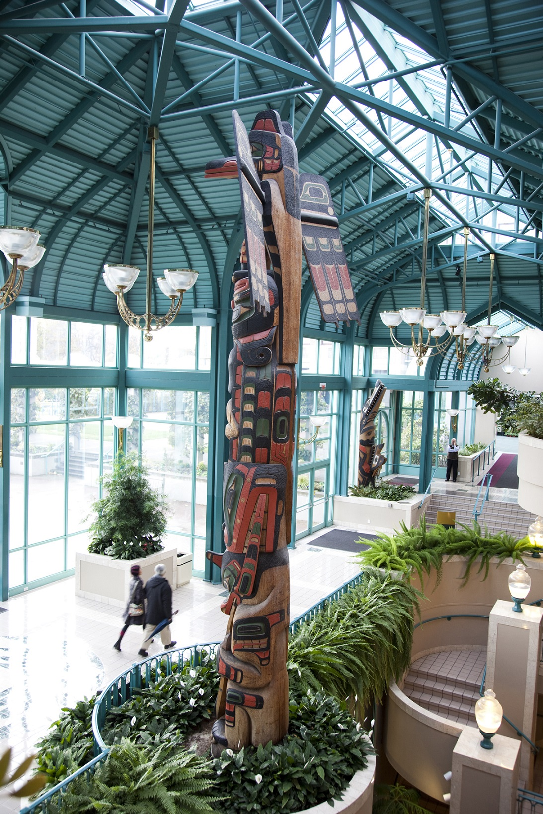 Side of Totem Pole in Victoria Conference Centre small