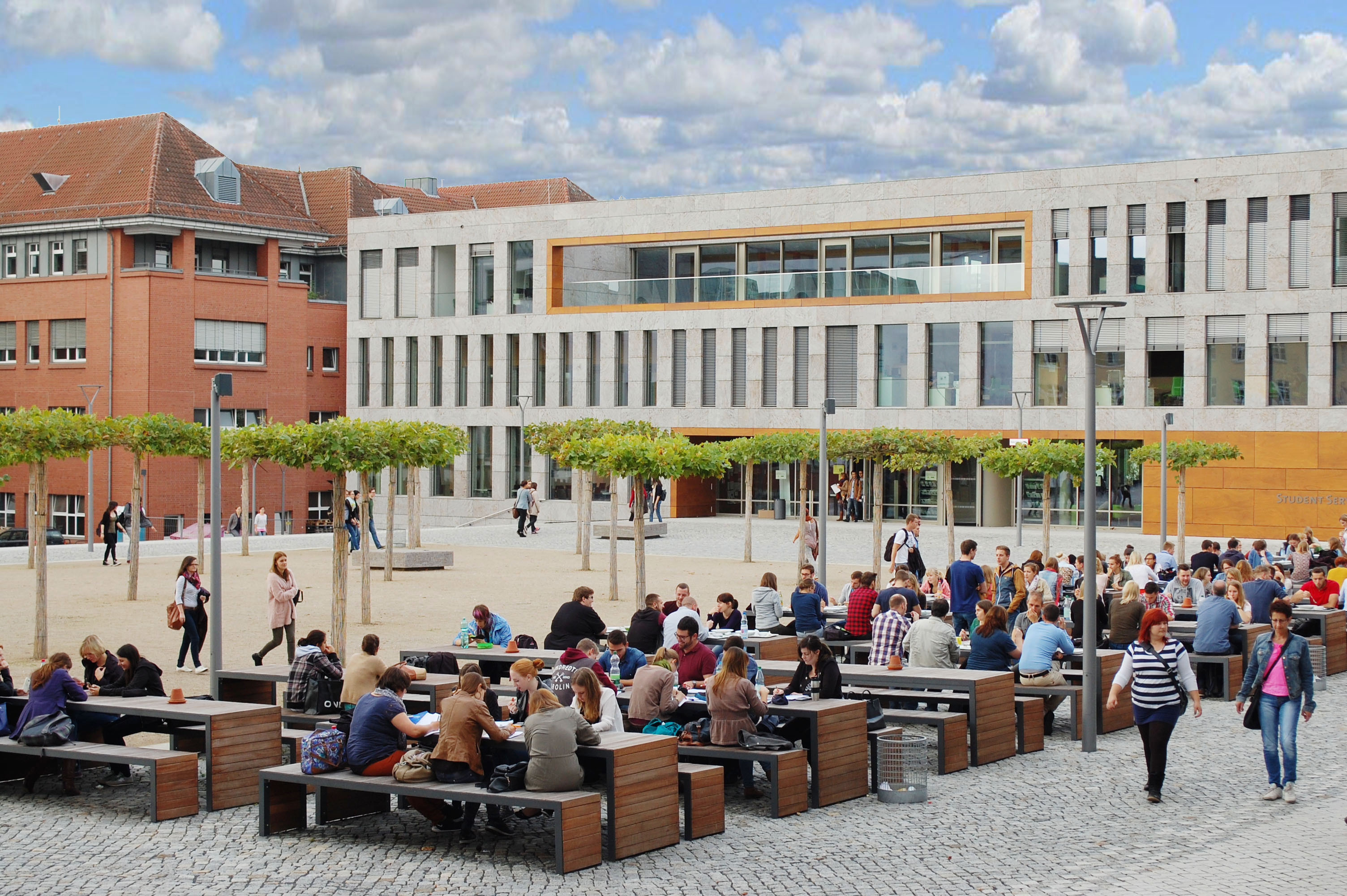 Mensavorplatz Hochschule Fulda