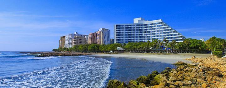 Hilton_beach-50percent
