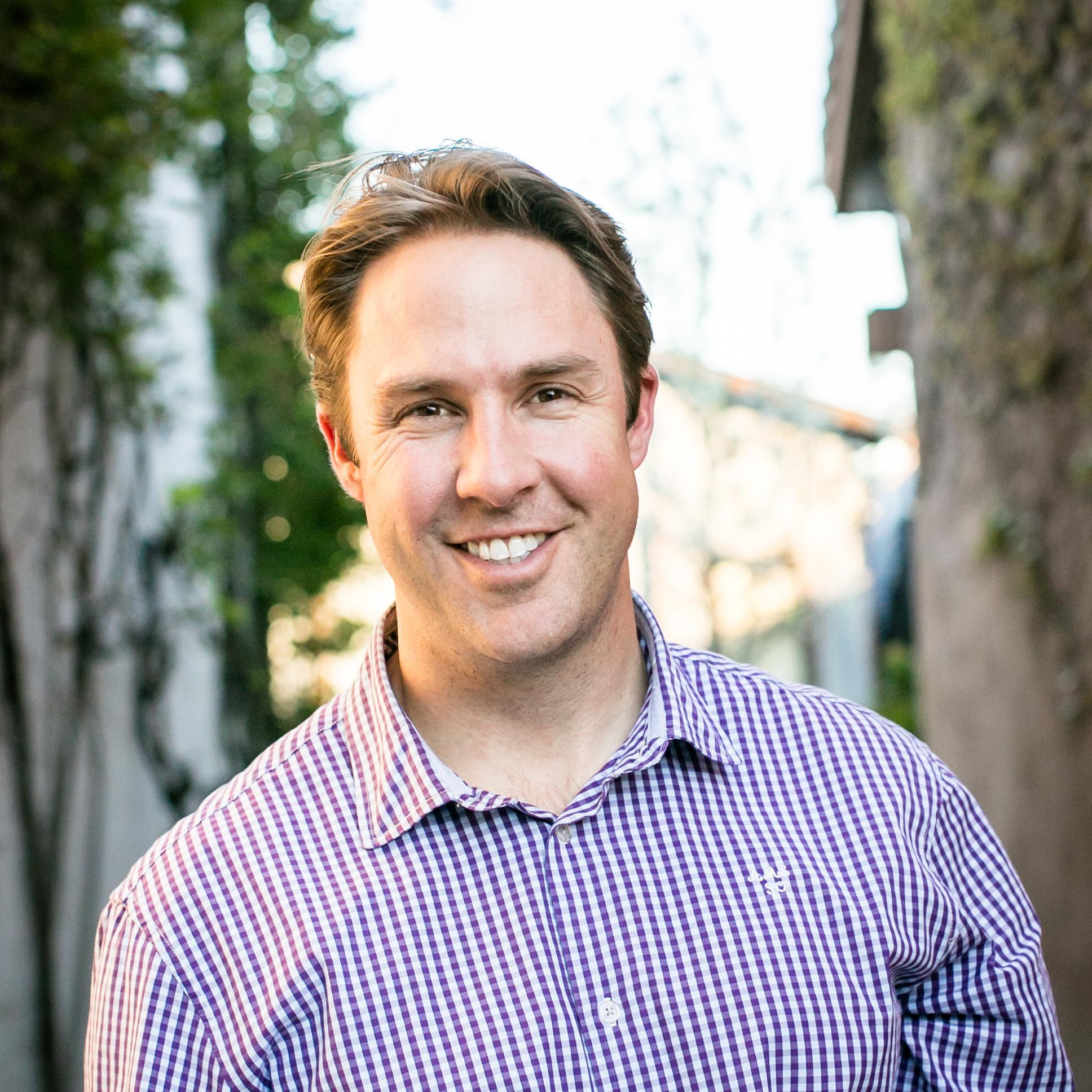 Chris Towt Headshot.jpg