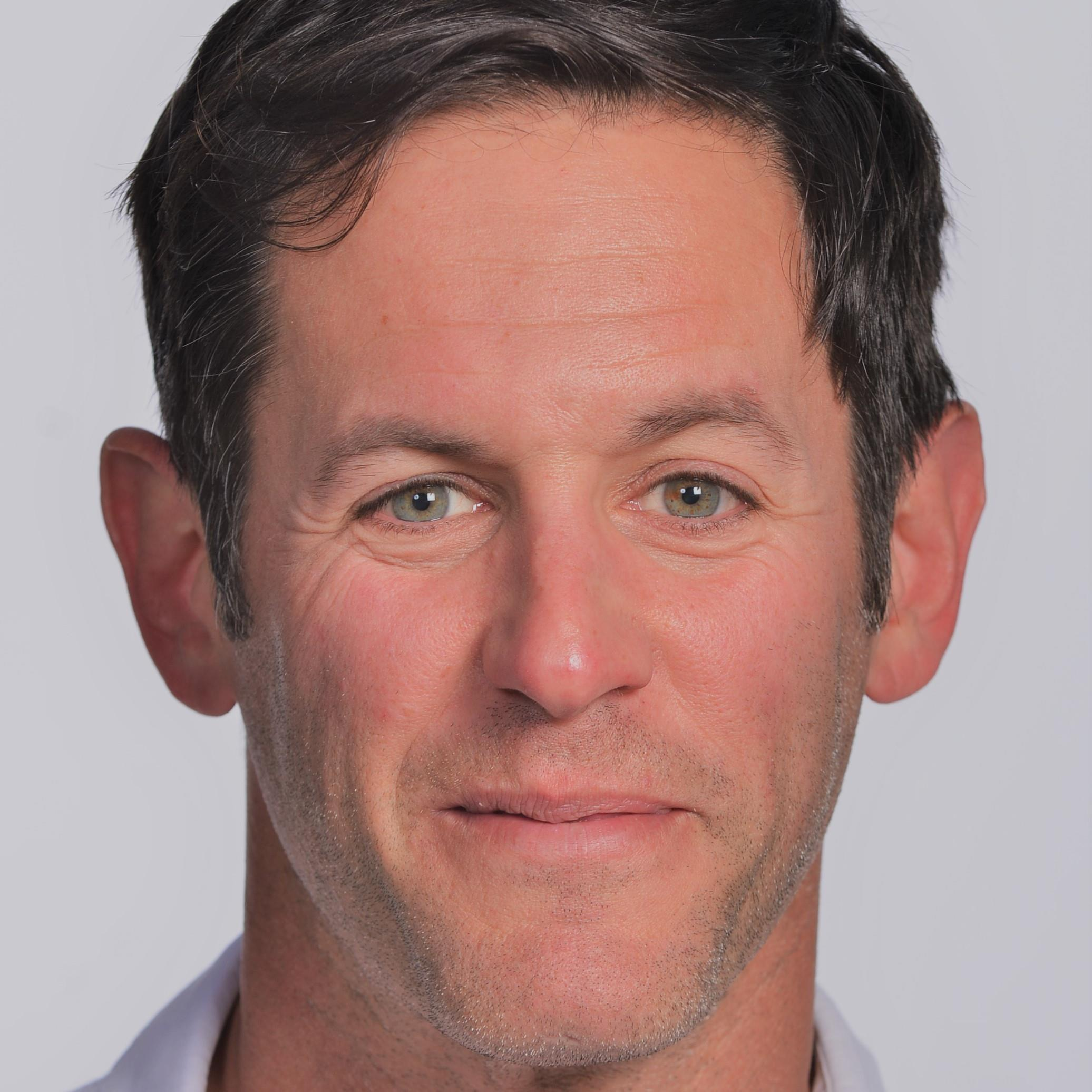 Scott Bricker Headshot.jpg