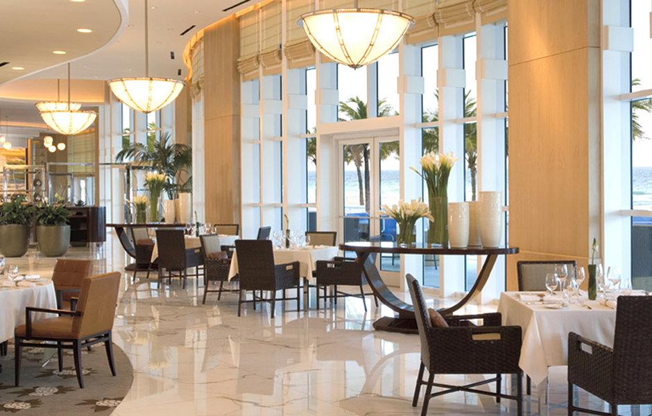 dining-lobby-lounge-luxury ritz fll