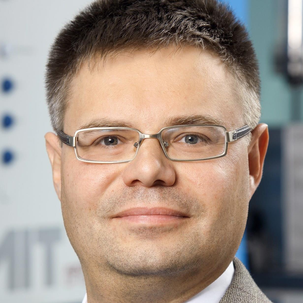 Dr Krystian Maciej (4).jpg