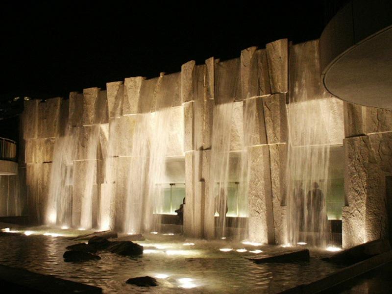 mlk_waterfall_night_800x600