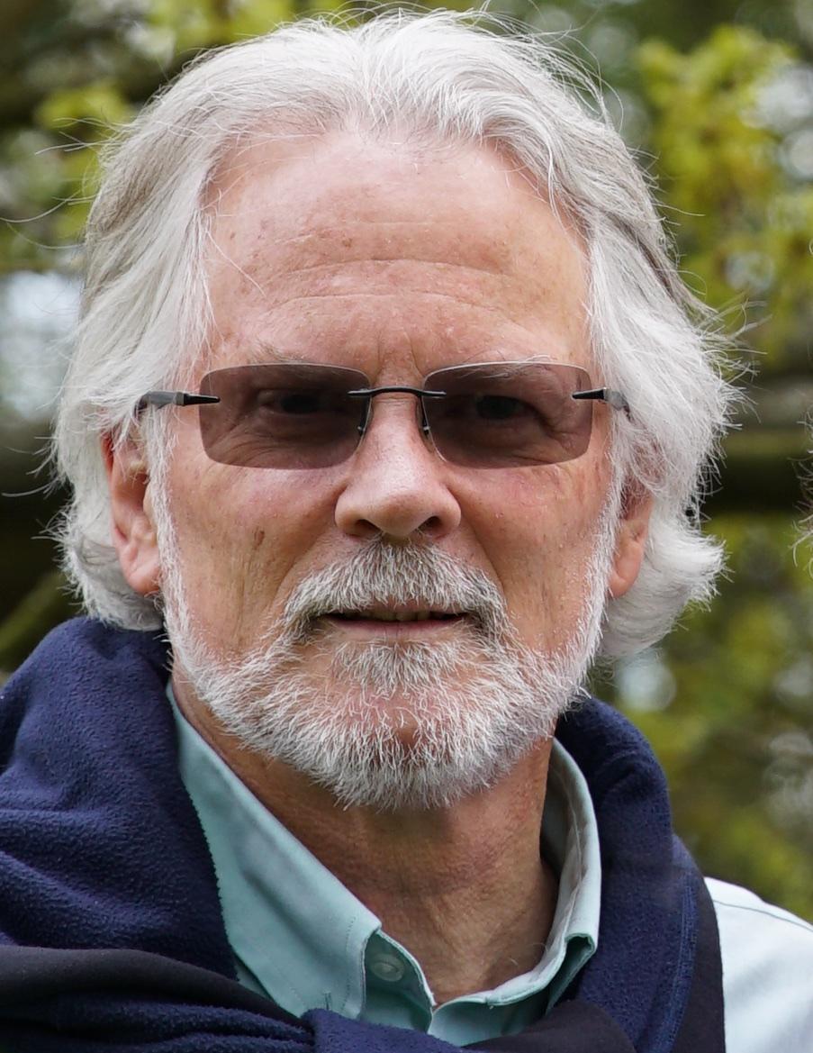 Phil Long -headshot.jpg