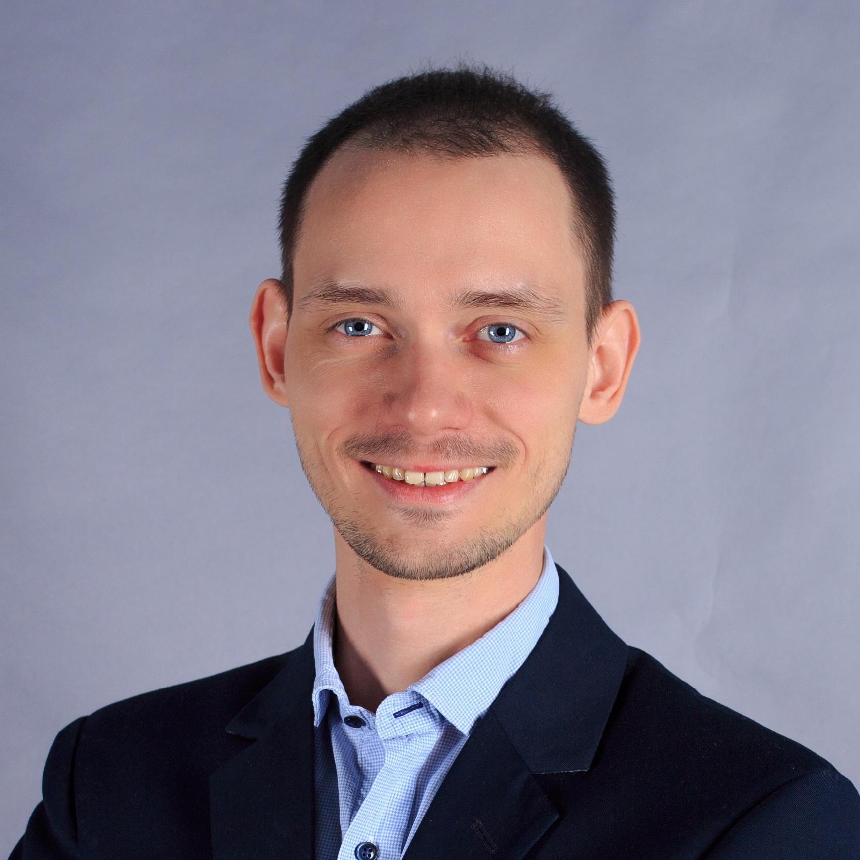 Медведев Павел.jpg