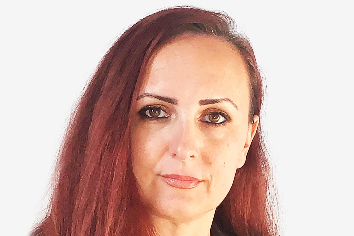 Anna Zec bio