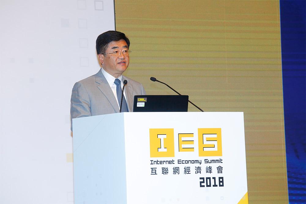 貴州省省委常委、宣傳部部長慕德貴先生