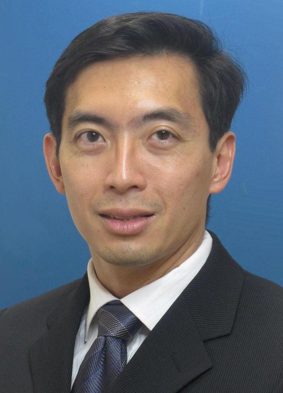 Dr Christopher Cheok_R