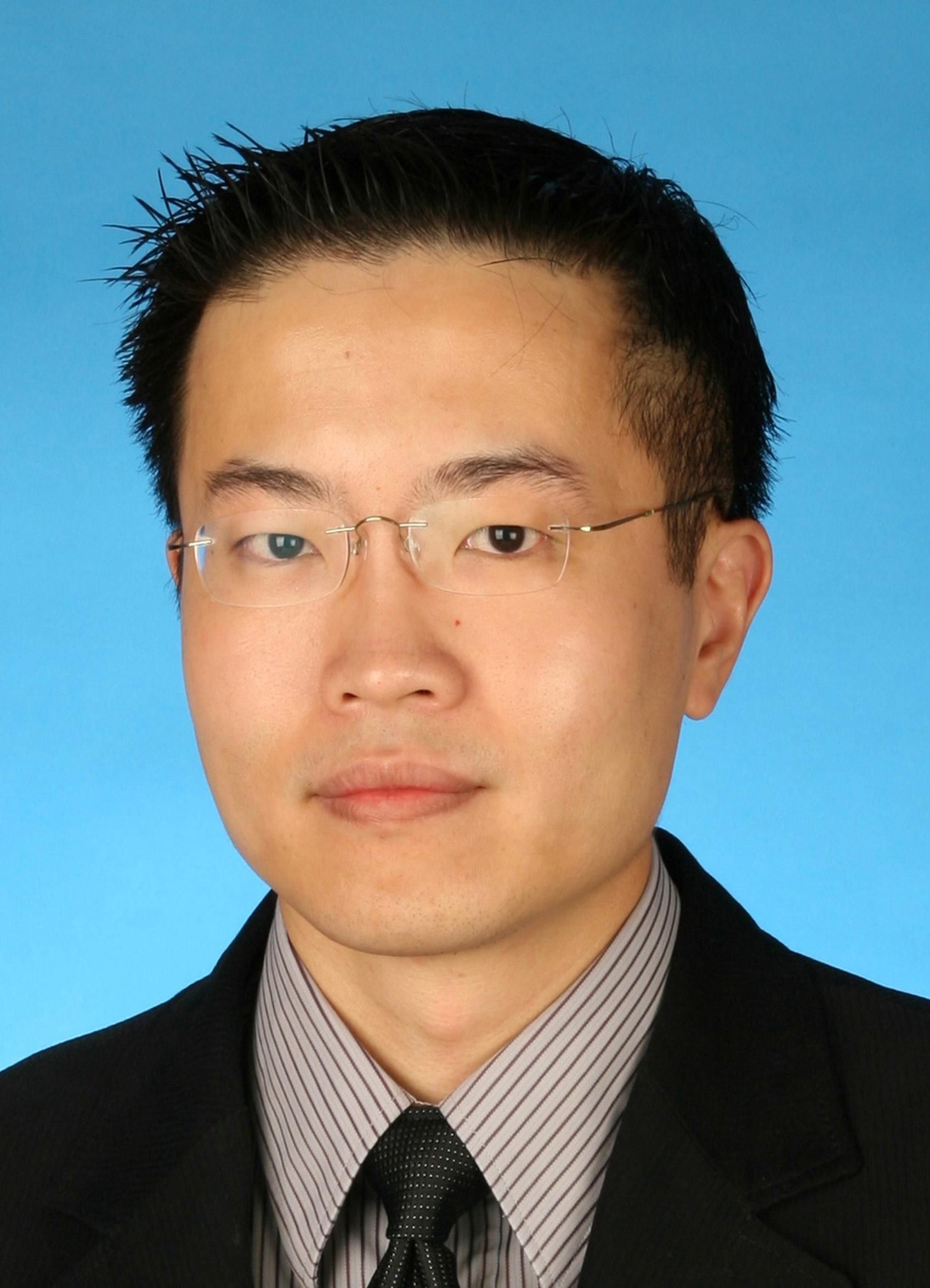 Dr Chia Pow Li_R
