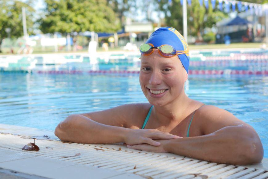 Monique-pool-smiling
