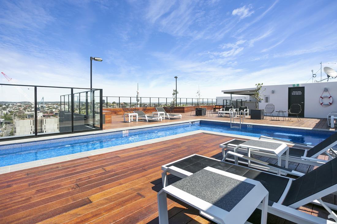 South-Brisbane-Hotel-2