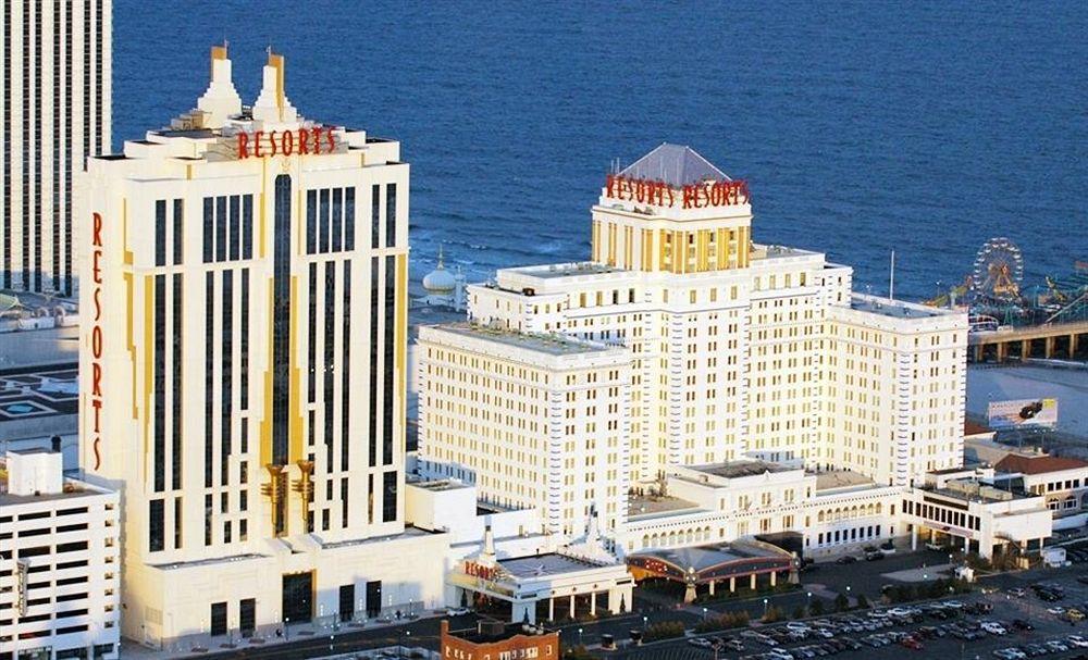 Resorts Hotel