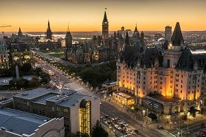 Ottawa Tourism Chateau and Parliament 300x200