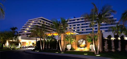 Fairmont_Newport_Hotel
