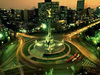 350px-Angel_de_la_Independencia_Mexico_City (007)