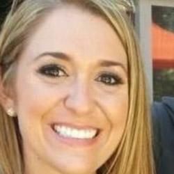 Melissa-McGowen-Headshot.jpg