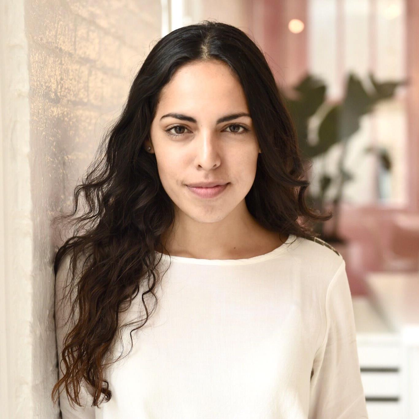 Maria Moyano 2 (1).jpg