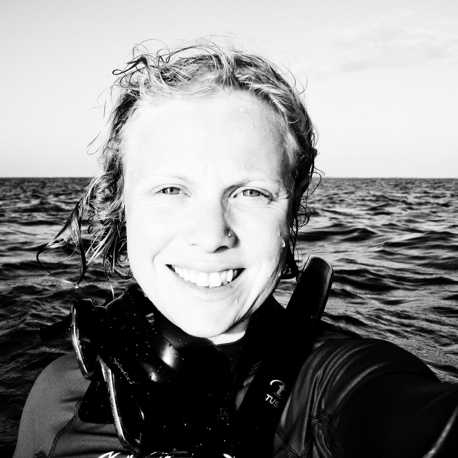 Em_bw snorkel.jpg