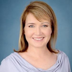 Dr Debbie Norval.jpg