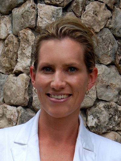 Dr Marisa Venter