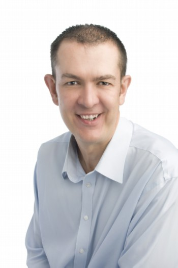 Dr Cobus van Niekerk