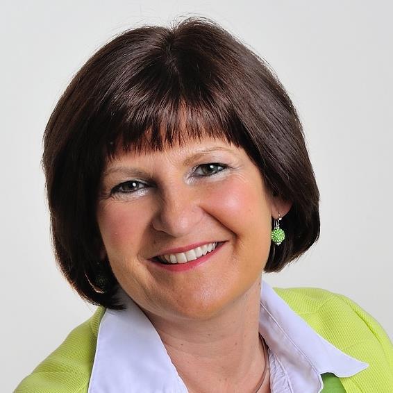 Ms. Eva Štravs Podlogar.jpg