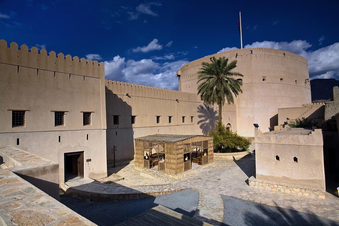 Oman_Bahla